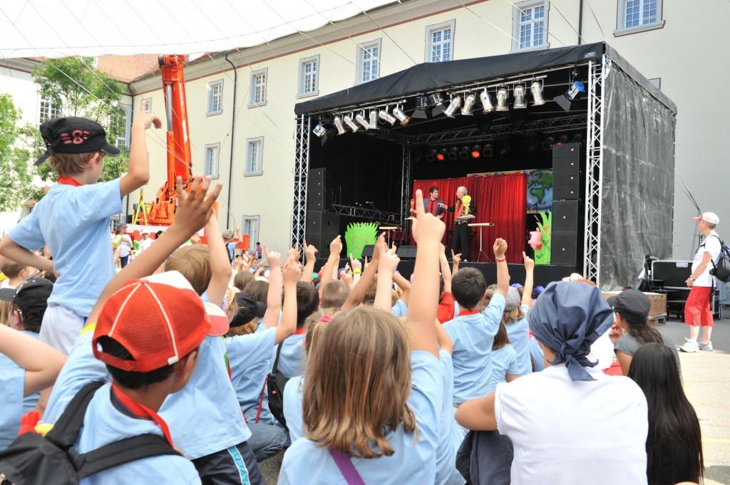 6 Showbühne Schulfest Muri